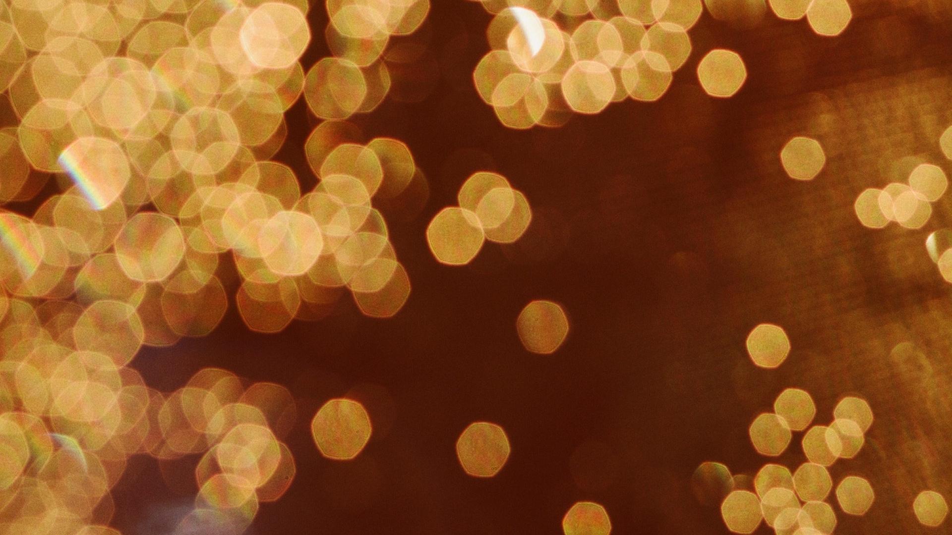 ゴールドの光のボール