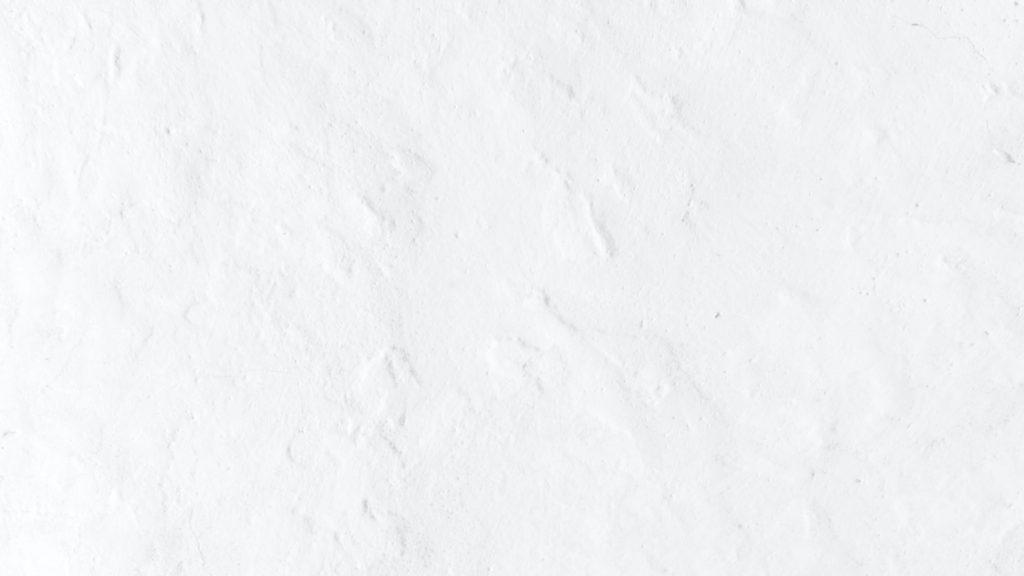 白でペイントされた壁